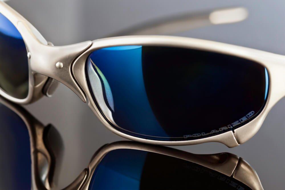 3e4ad6be17ae0 qual-oculos-escolher-oakley-mormaii-ou-hb.jpeg