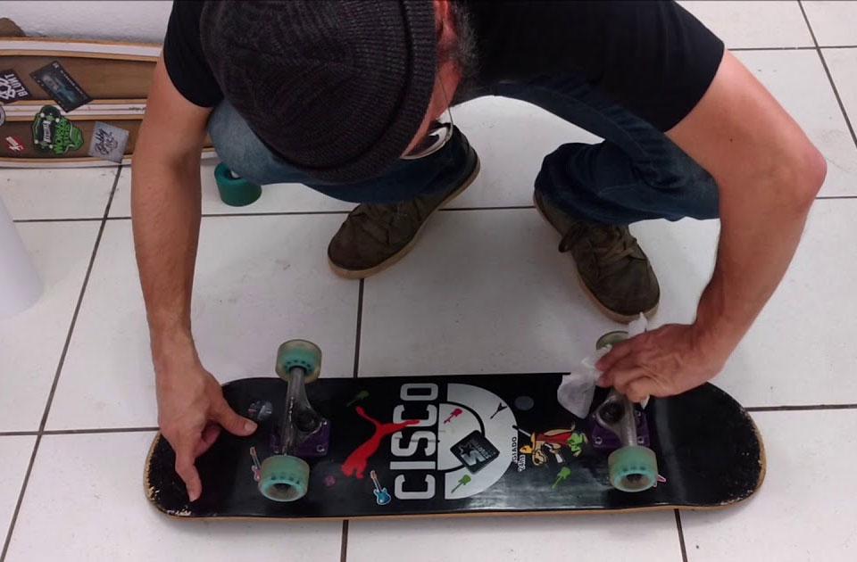 como cuidar do skate shape seco